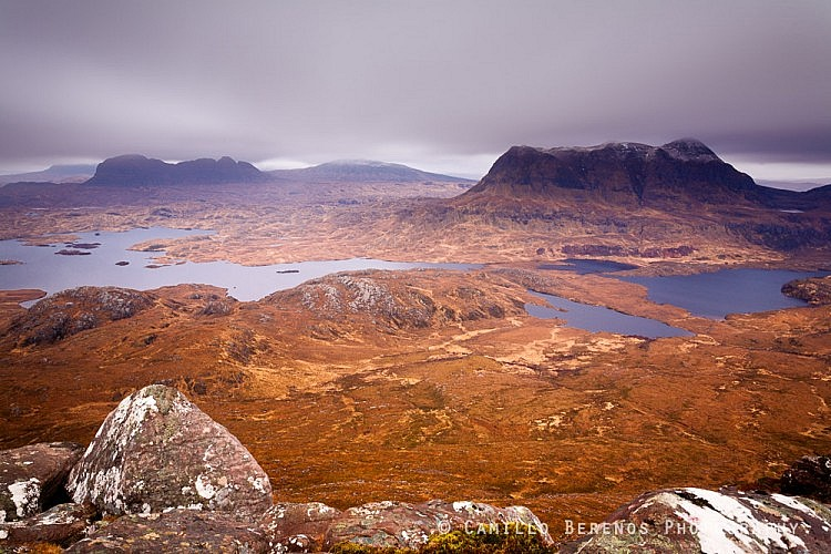 View from the summit of Stac Pollaidh, overlooking the majestic hills Cul Mor and Suilven in the Inverpolly and Assynt regions in northern Scotland.